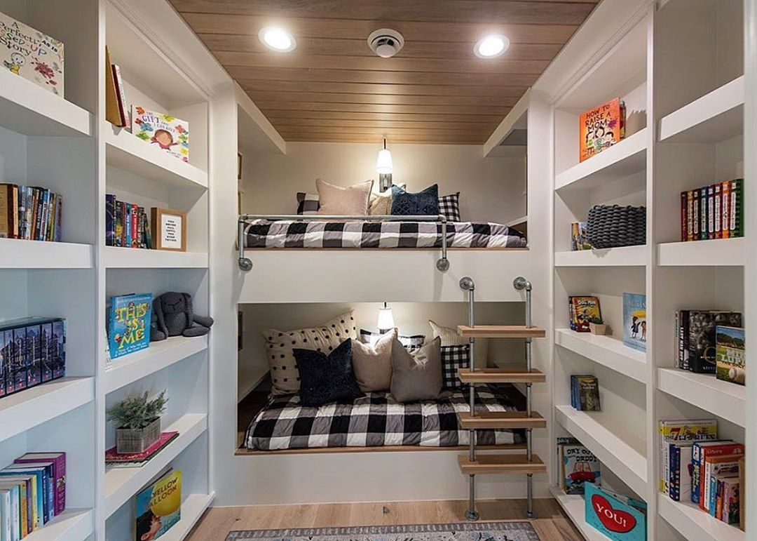Best Online Furniture Shopping Canada With Images Interior Design Colleges Interior Design School Home Decor