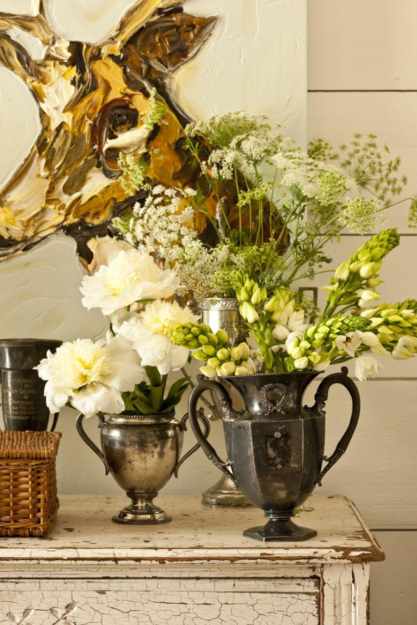 Antiguedades y flores.