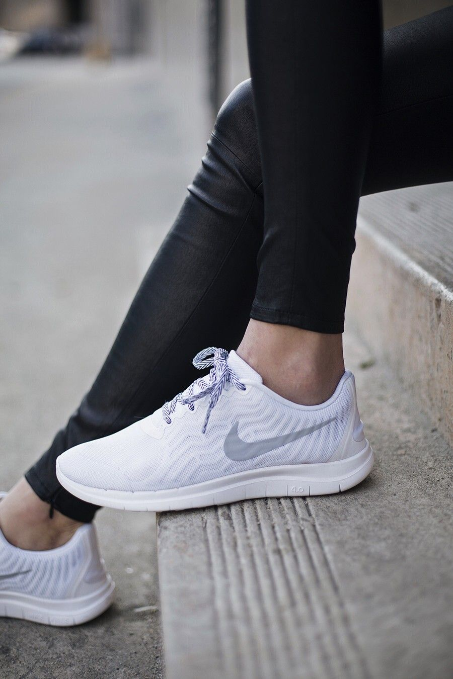 nike free 4.0 id women's white leggings