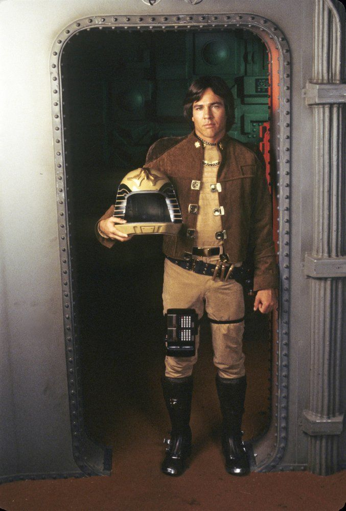 Remembering Richard Hatch 1945 To 2017 Battlestar Galactica