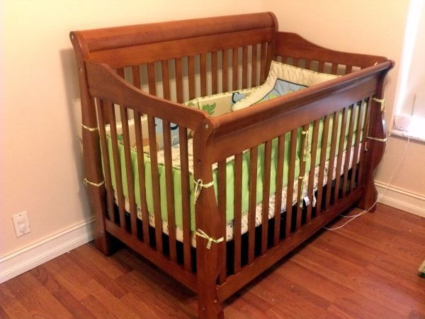 Wood crib includes mattress and bedding for $150 - Cape ...