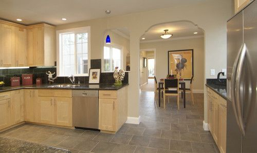 maple cabinets, dark counter and grey floor--someone ... on Gray Countertops With Maple Cabinets  id=27878
