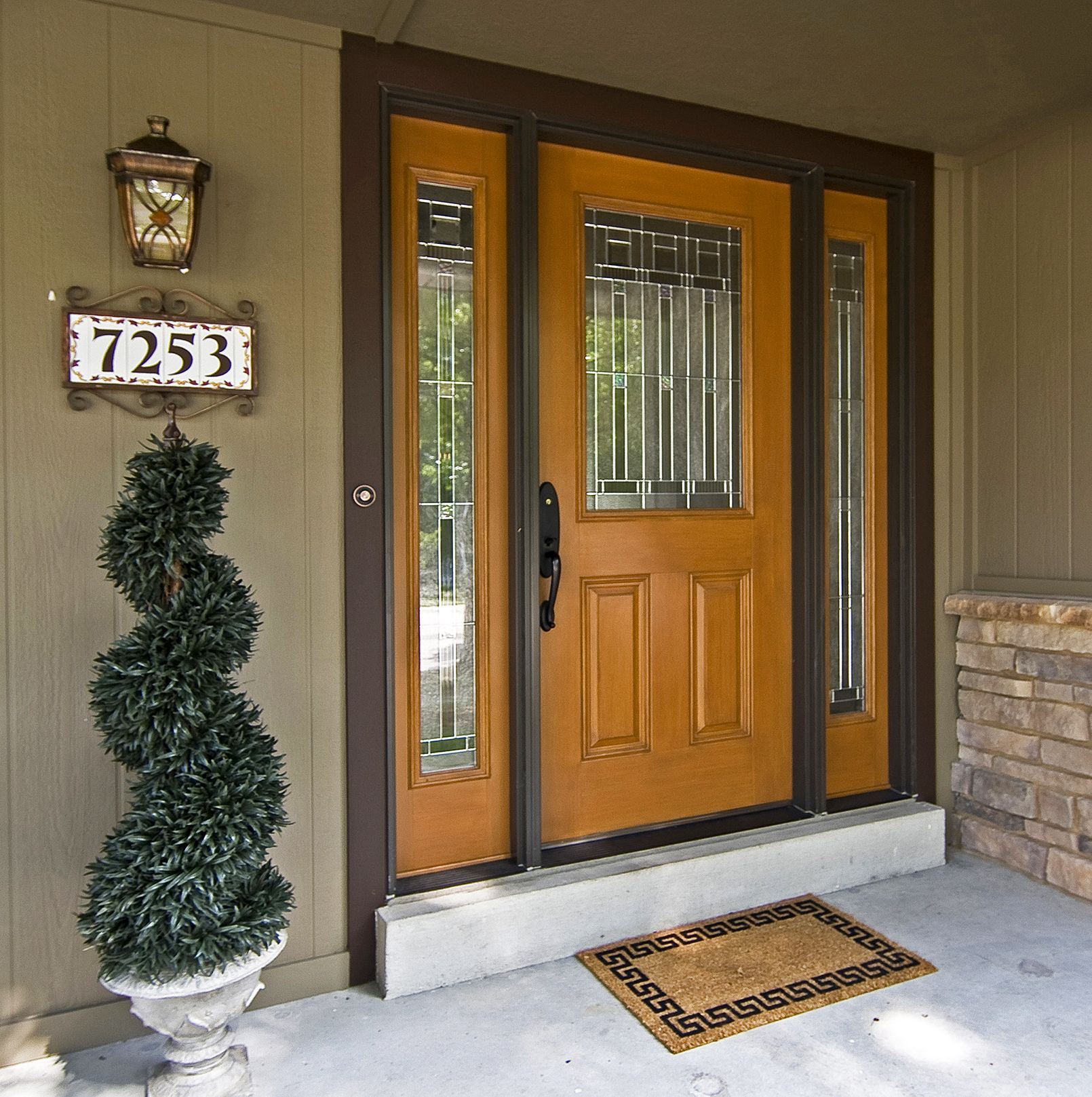 Entry Front Doors: A Fiberglass Entry Door With Sidelights Gets A Subtle