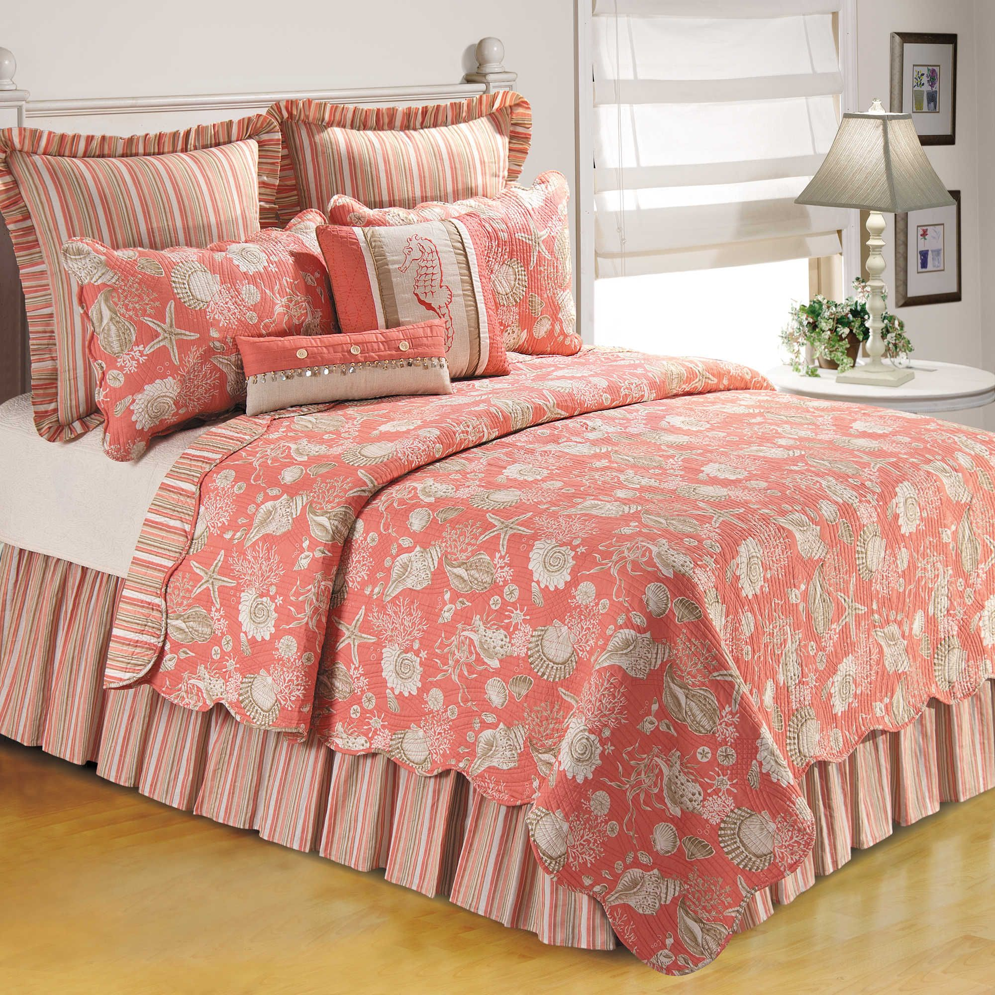 Natural Shells Quilt in Coral | Shell, Borders free and Natural : coral quilts - Adamdwight.com