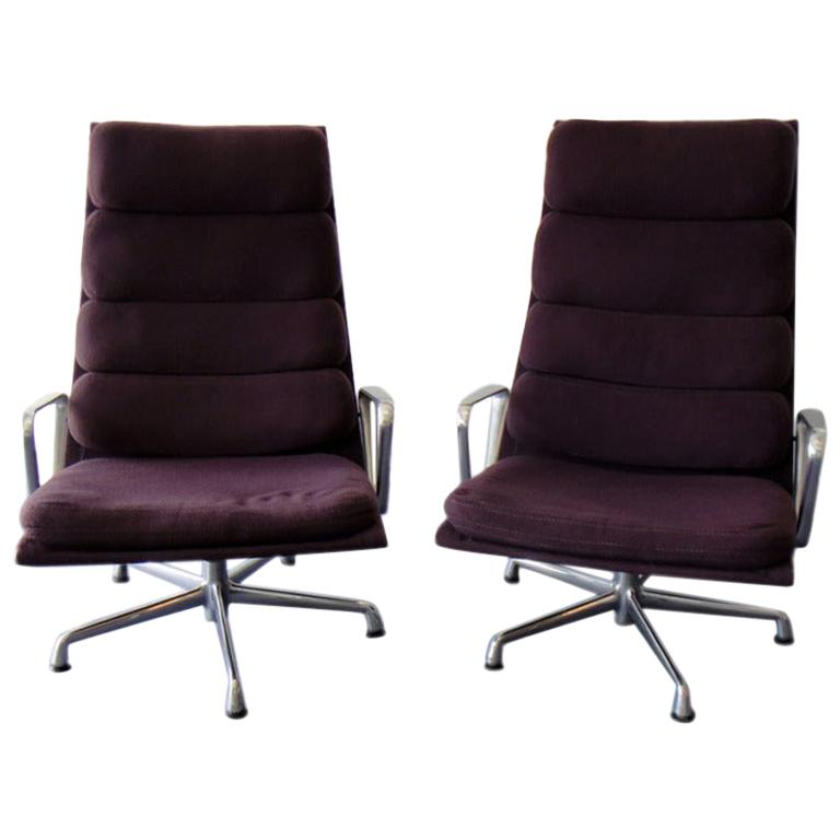 Pair Of Charles And Ray Eames Lounge Chairs Eames Herman