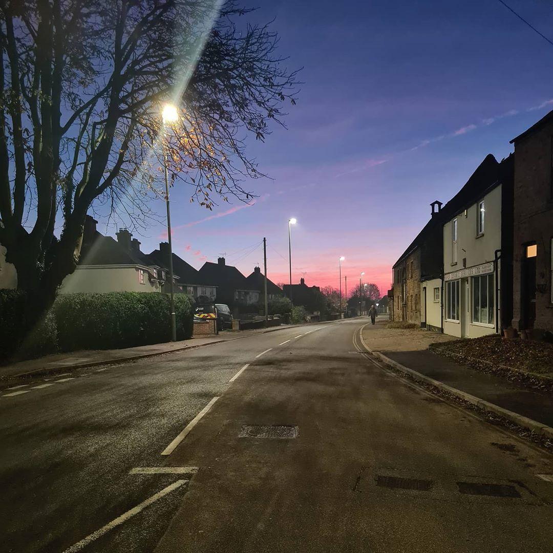 Lovely sunrise this morning 😍 #landscapephotography #landscape #villagelife #rutland #nofilter #sunrise #pinksky #beautiful