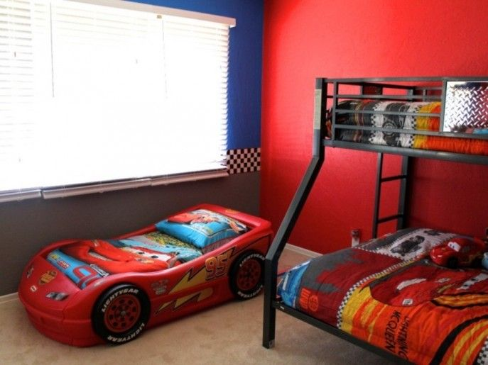 Kid Bedroom Present Bunk Bed Plus Cartoon Bedding Combined With