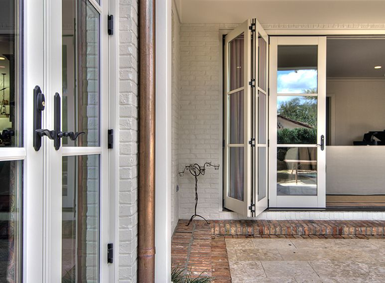 Southern window design gallery jeld wen patio doors for Folding patio doors
