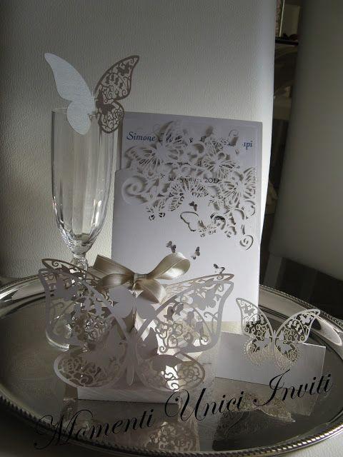 Tema Matrimonio Total White : Momenti unici inviti completo total white tema farfalle