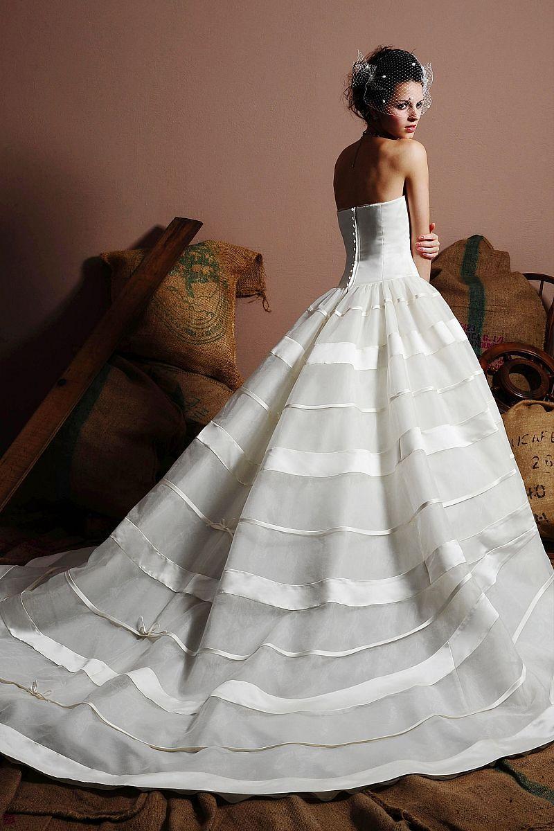 striped Wedding Dresses | New Arrival Strapless Stripes Design Ball ...