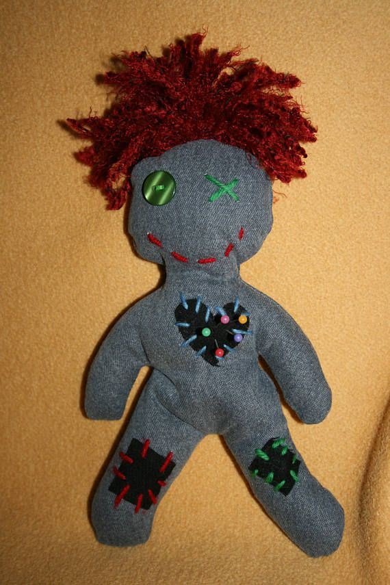 Voodoo Doll With Red Hair Voodoo Puppen Voodoo Voodoo Dolls Und