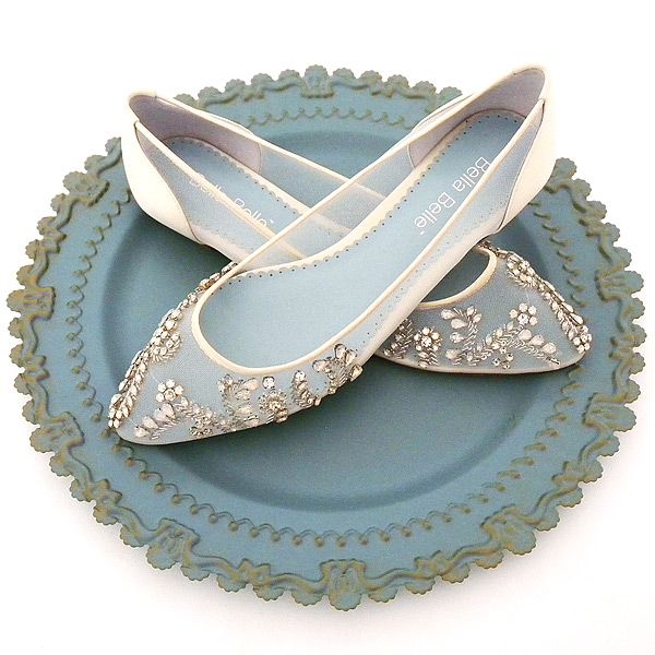 Serving Up The Prettiest Flat Wedding Shoes for 2017  4892a5b5c