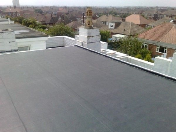 New Jersey 4 Benefits Of Installing Epdm Epdm Is Short For Ethylene Propylene Diene Monomer Also Known As Rubber Ro Epdm Roofing Roofing Commercial Flat Roof