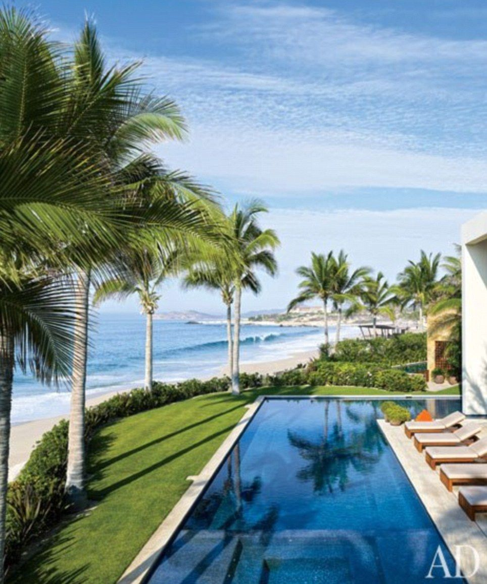 George Clooney And Cindy Crawford Show Off Their Mexican Villas In Ad Mexican Villa Celebrity Houses Cindy Crawford Home