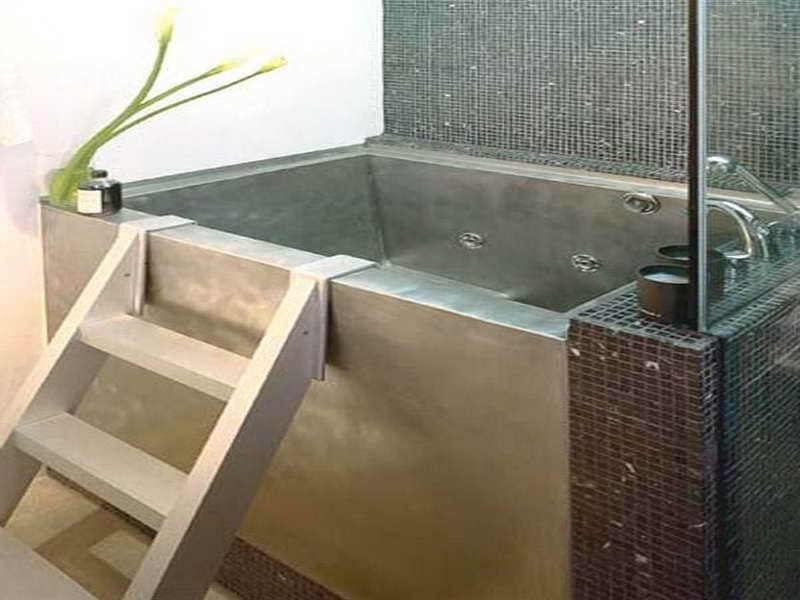 Modern Japanese Soaking Tubs For Small Bathrooms Ideas   Japanese  Modern Japanese Soaking Tubs For Small Bathrooms Ideas   Japanese  . Square Japanese Soaking Tub. Home Design Ideas