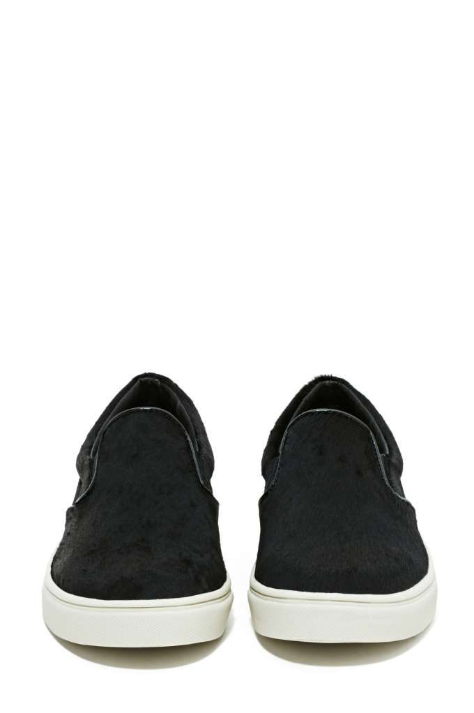 734a891ee2a Steve Madden Eccentric Pony Hair Sneaker | My Style | Black slip on ...