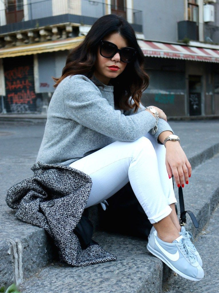 grey nike shoes outfit pinterest logo circle 856173