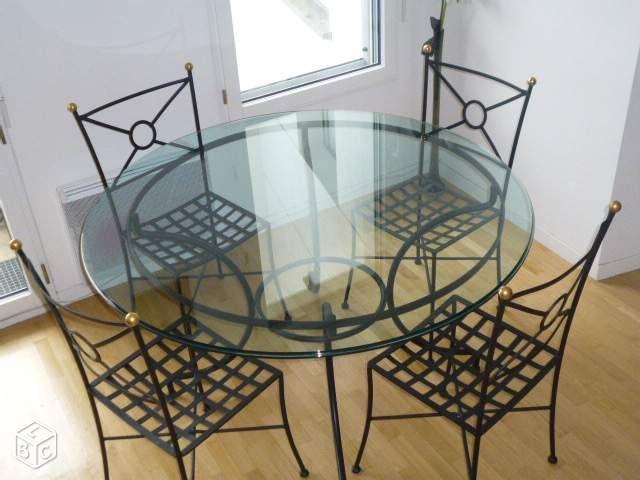 Rochebobois table ronde en verre avec 4 chaises - Salle a manger en fer forge et verre ...