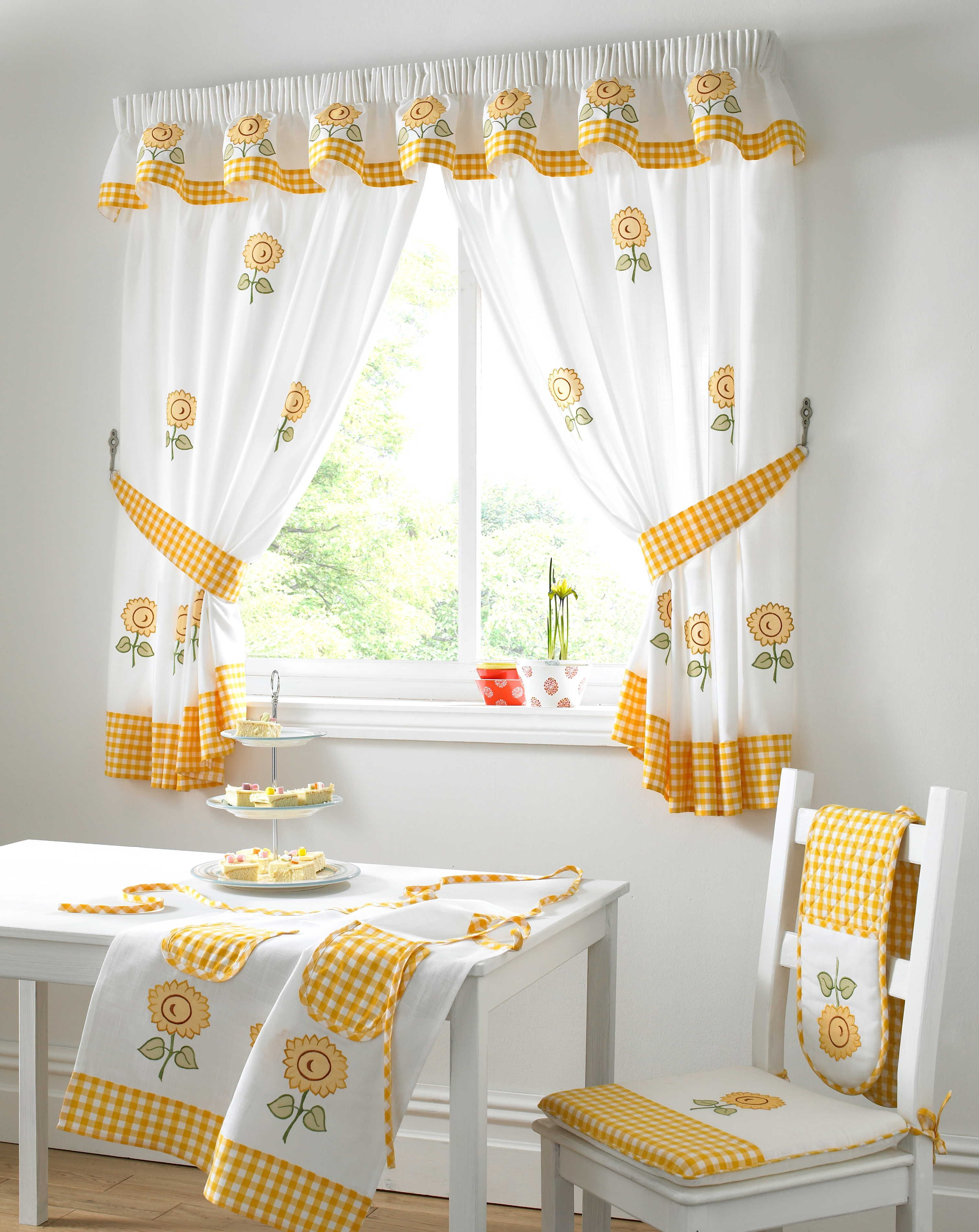 Adorable Design Of The Kitchen Curtains Ideas With White And Yellow ...