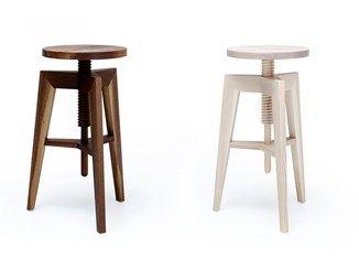 Sgabello in legno ad altezza regolabile screw bench mint factory