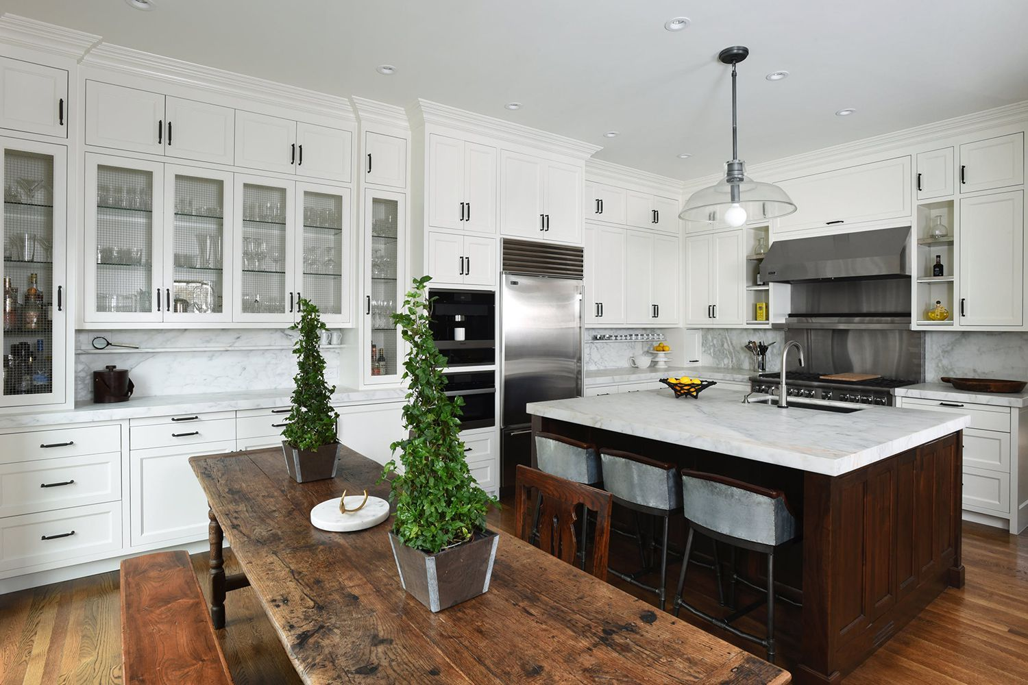 gorgeous eatin kitchens for every type of home  kitchen