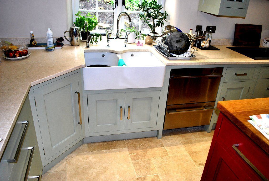 Double Belfast Sink The Granite Is Shaped Around The Centre Section Of The Sink To Hide The Sea Kitchen Inspirations Freestanding Kitchen Kitchen Family Rooms
