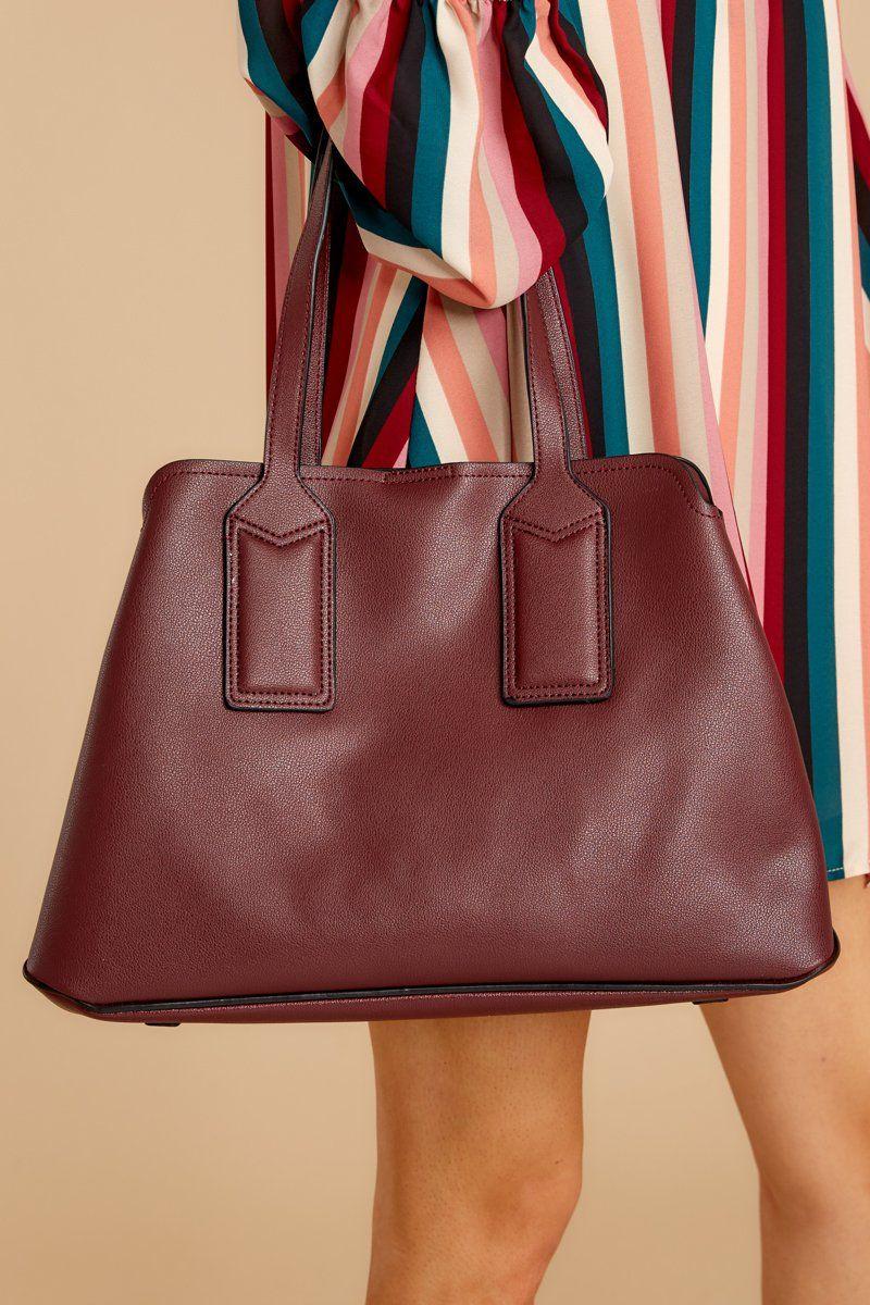 Gorgeous Burgundy Faux Leather Handbag - Simple Tote - Bag -  49.00 – Red  Dress Boutique 27e3bc1e74e64
