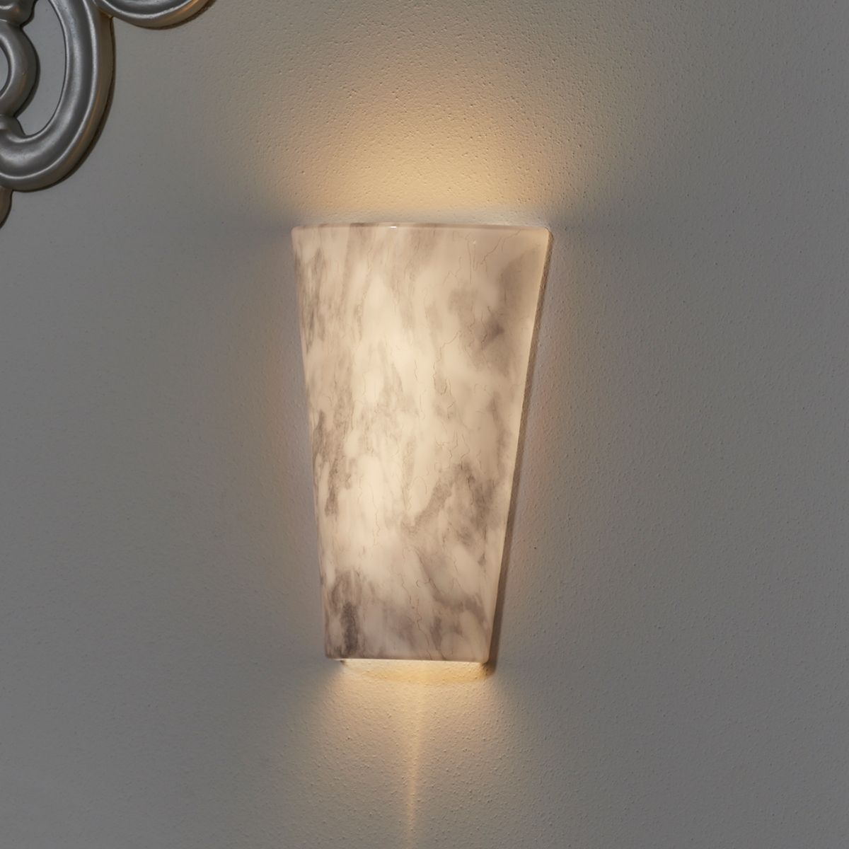 Vivid Stone Sconce Wireless Conical Led Battery Powered