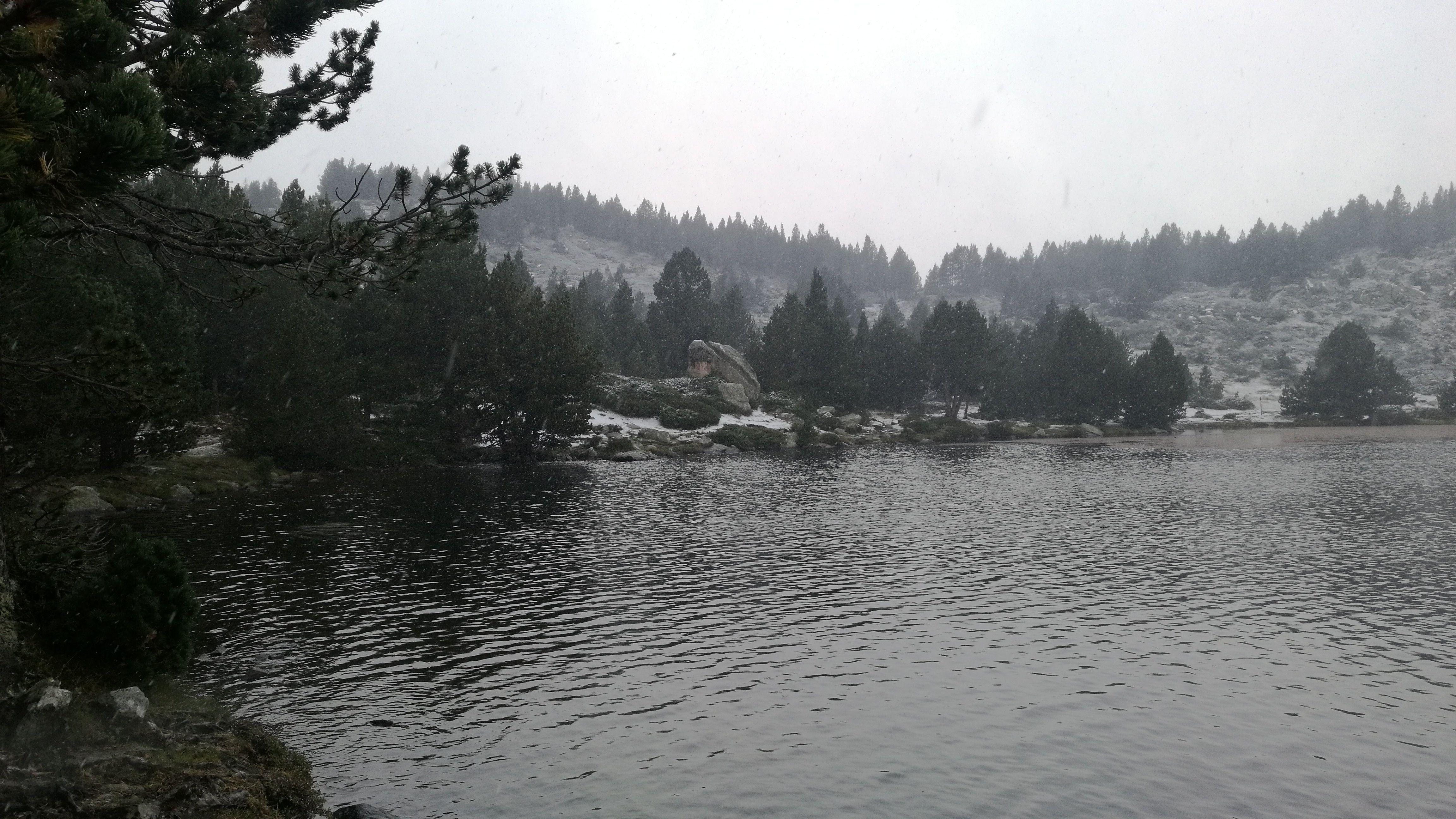 Lago le Vive, el primero de los 12