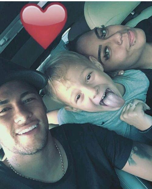 Messi Siblings : messi, siblings, Neymar