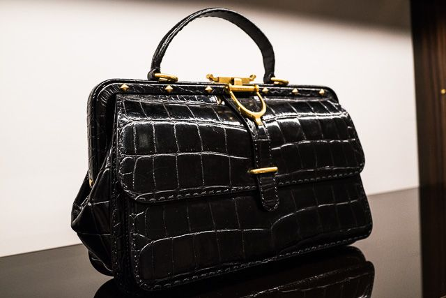 Preview Gucci Fall 2013   Gucci handbags outlet. Gucci purses. Handbags on sale