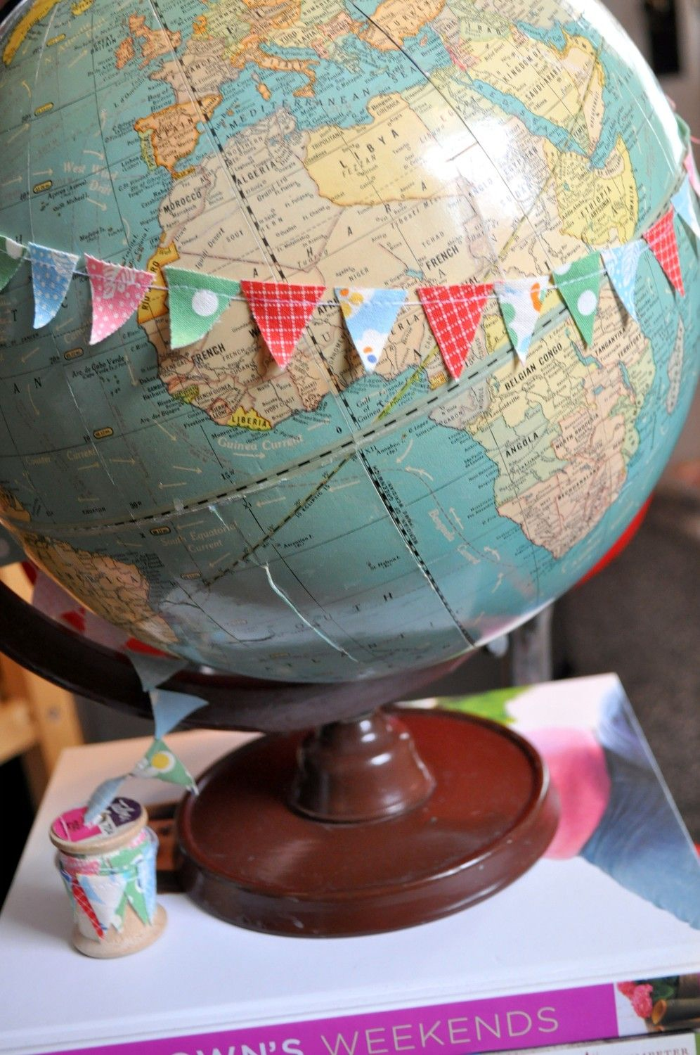 bunting globesmaps my ideal maybe a more vintage globe though