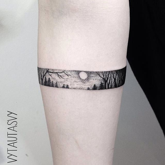20 Unique Bracelet Tattoo Designs: The Marvelous Blackwork Tattoos Of Vytautas Vy