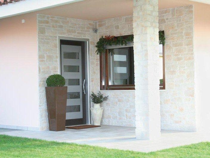 Puertas de aluminio con vidrio para exterior buscar con - Modelos de puertas de aluminio para exterior ...