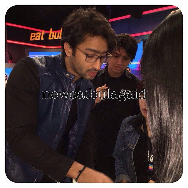 Shaheer - briefing before the show