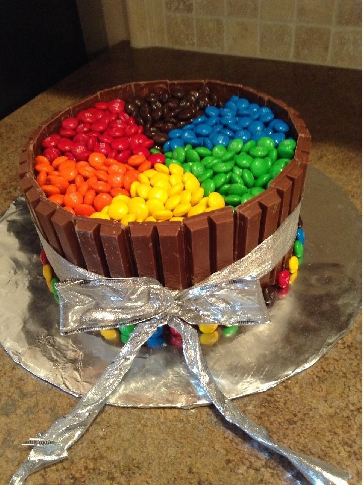 Color Wheel Kitkat Cake Candy Cakes 18th Birthday Cake