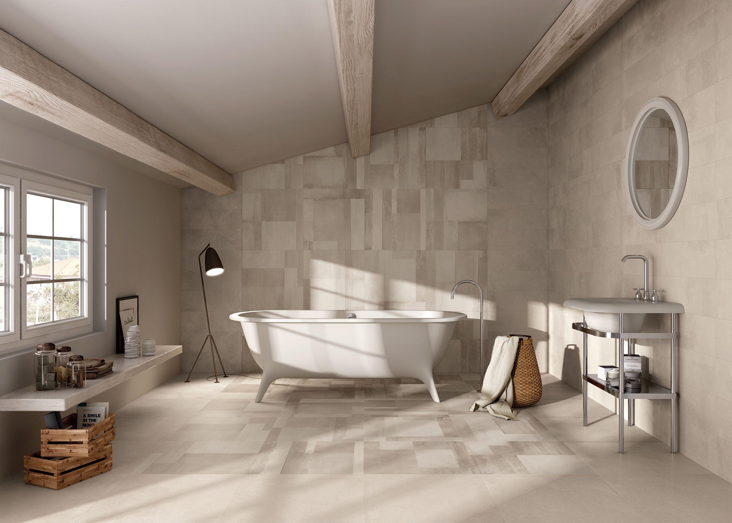 Bagno con piastrelle in gres porcellanato effetto cemento. a rivestimento il decoro Blend ...