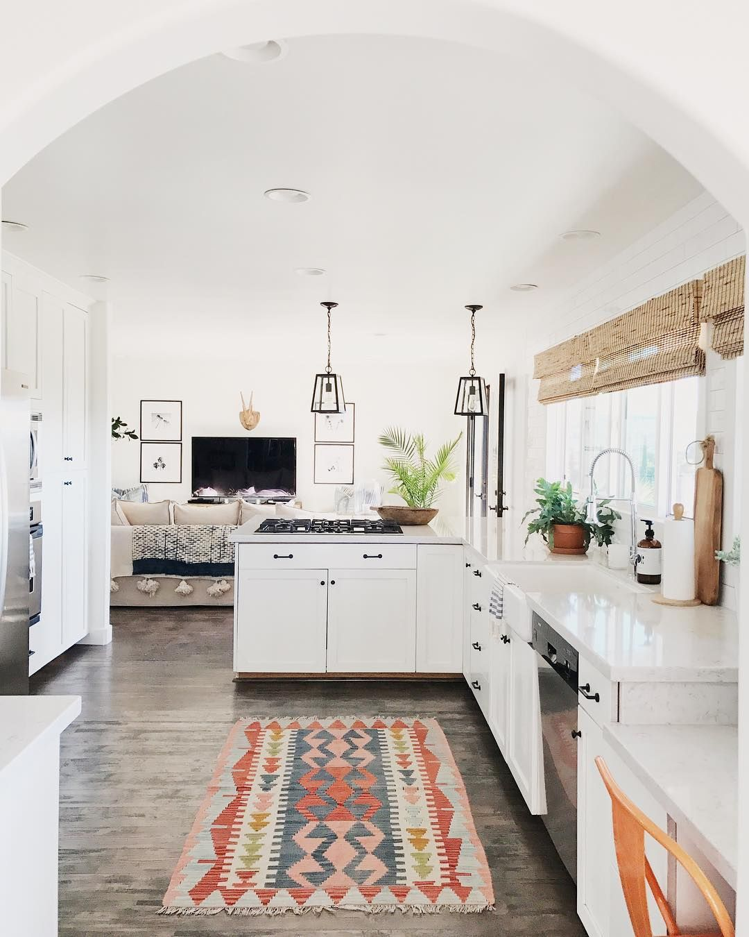 5 Ways to Style an Ugly Renter\'s Kitchen | Rental kitchen, Kitchens ...