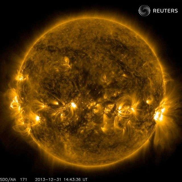 The current conditions of the quiet corona and upper transition region of the Sun are seen in this image taken by the AIA instrument on NASA's Solar Dynamics Observatory at 171 Angstrom, December 31, 2013 courtesy of NASA. REUTERS/NASA/SDO/Handout via Reuters #sun #newyear #nasa #picoftheday #amazing