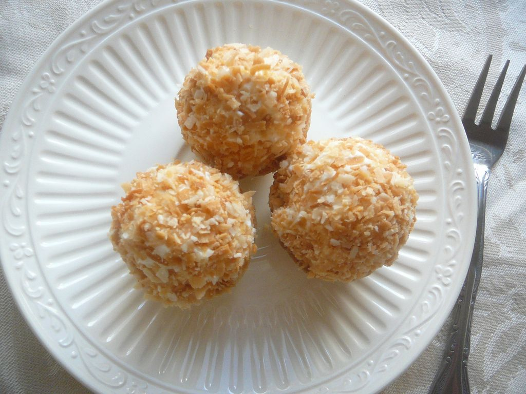 Miniature Coconut Cream Pies by Cutie Pies NYC   Flickr - Photo Sharing!