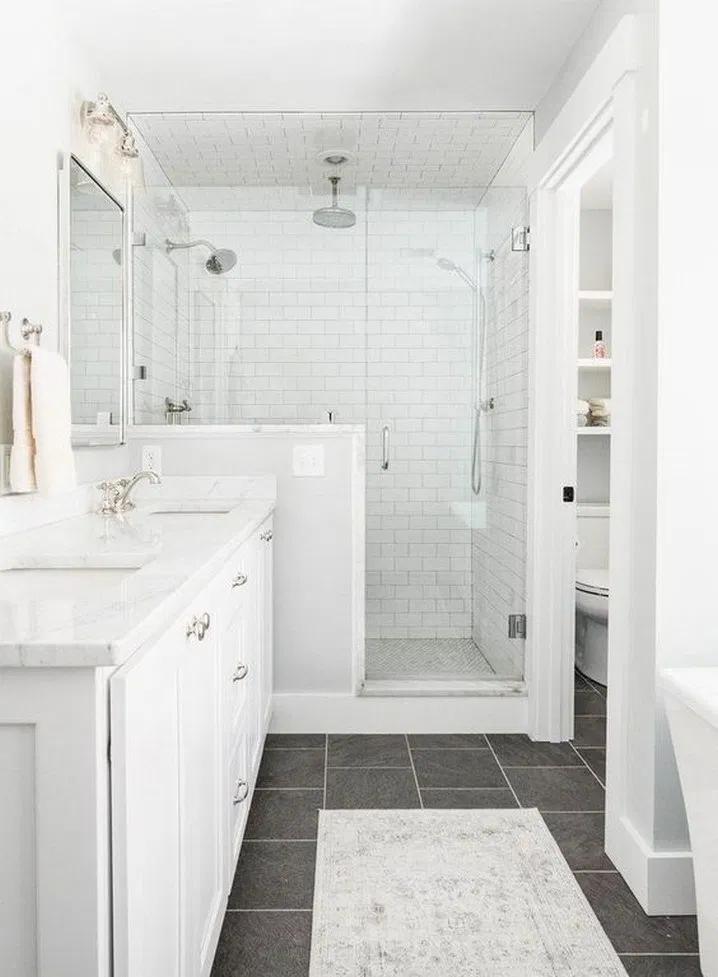 45 Small Bathroom Decoration Tips How To Make A Small Bathroom Remodeling Look Bigger Bathro Master Bathroom Design Bathroom Layout Minimalist Small Bathrooms