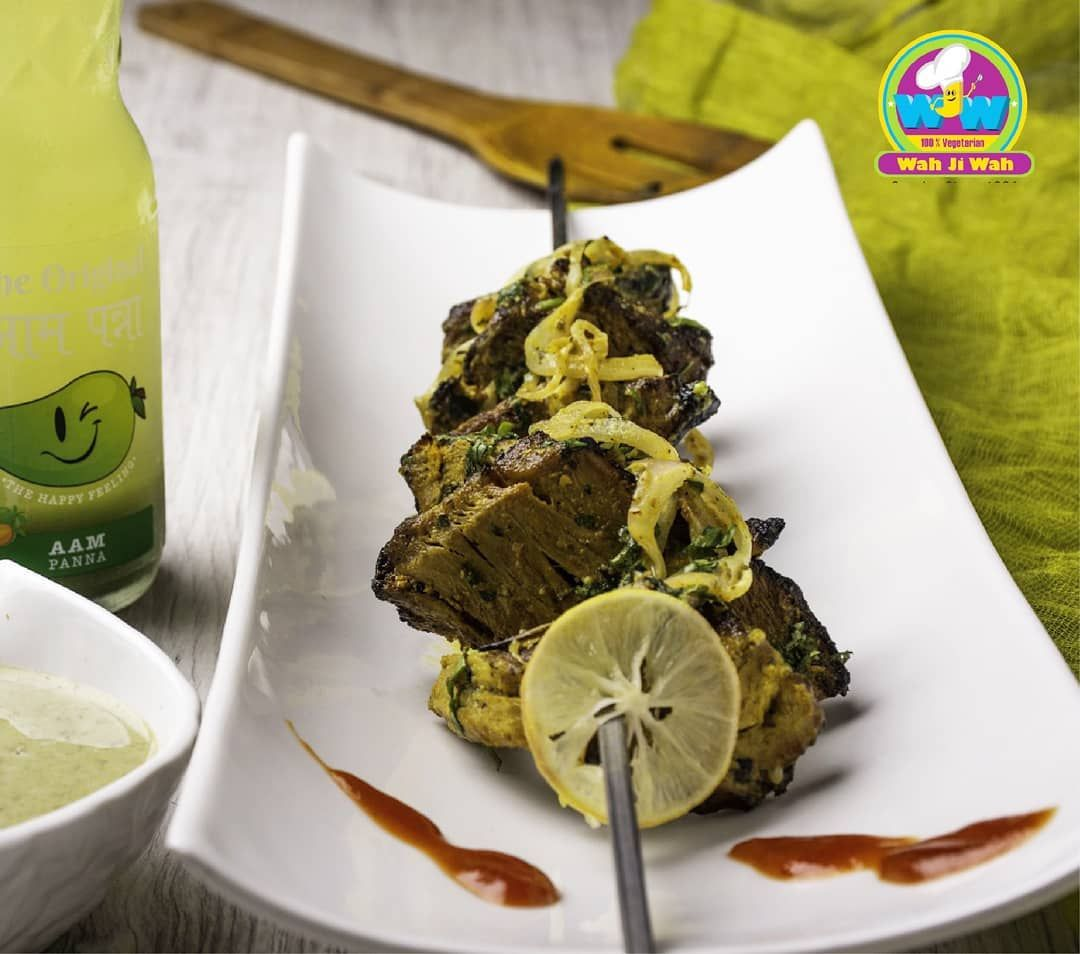 Ever heard of Veg Fish Tikka? Yes, it's made of your all time favourite Soya & is real tasty! At Wah ji Wah,  serving with with love!  For Franchise enquiry Call Us now:+918750150111