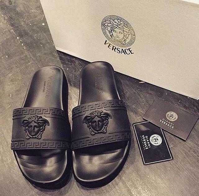 maisieleblanc s s pinterest claquettes chaussure et basket chaussure. Black Bedroom Furniture Sets. Home Design Ideas