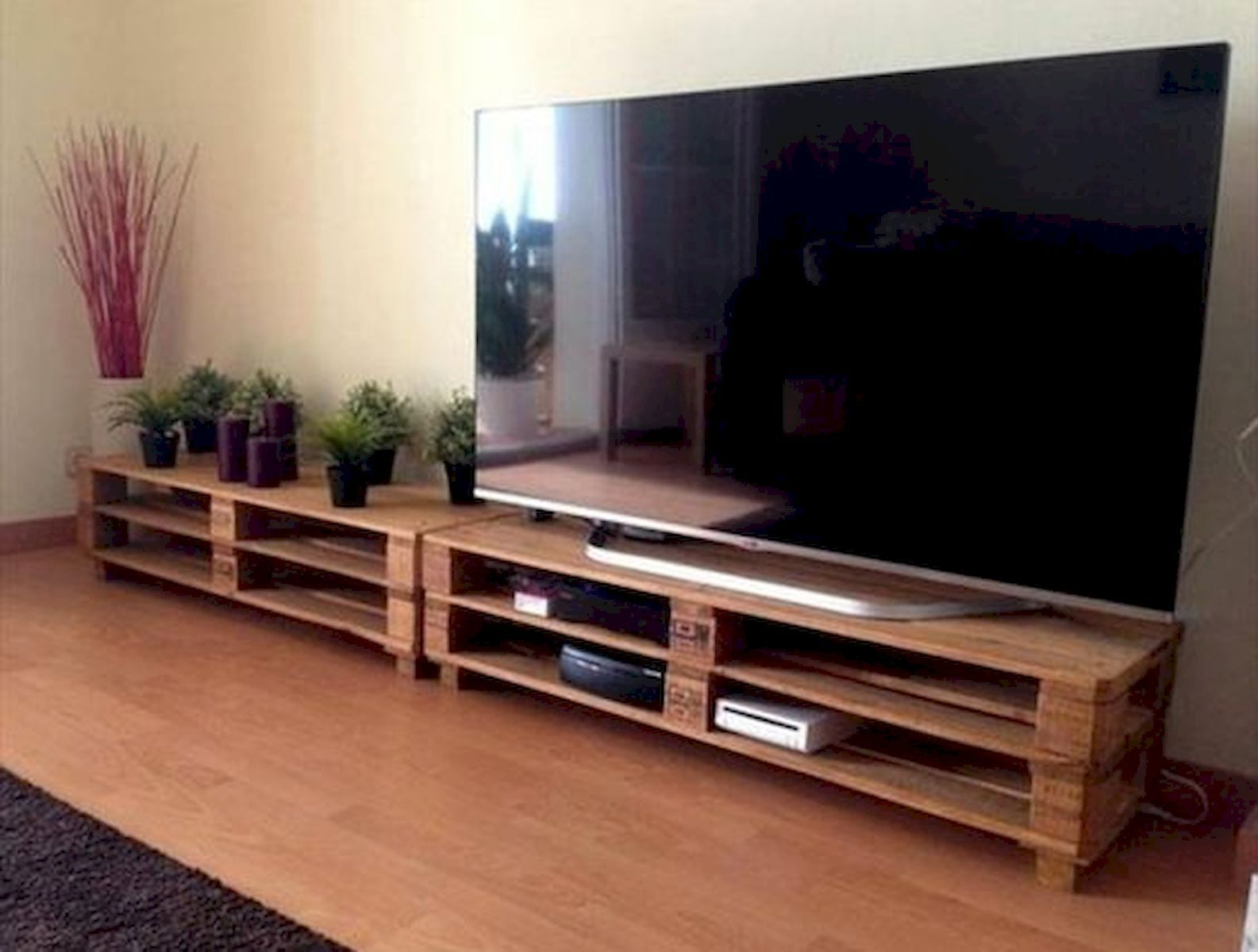 33 Ideas For Pallet Tv Stand33decor With Images Tv Stand Plans