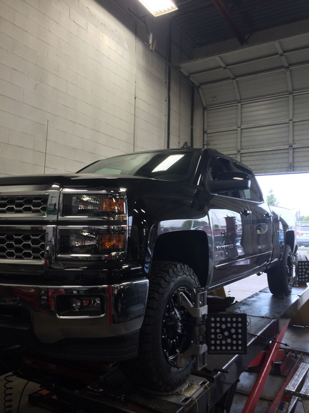 '15 K1500  TRUXXX level off and new rims/tires