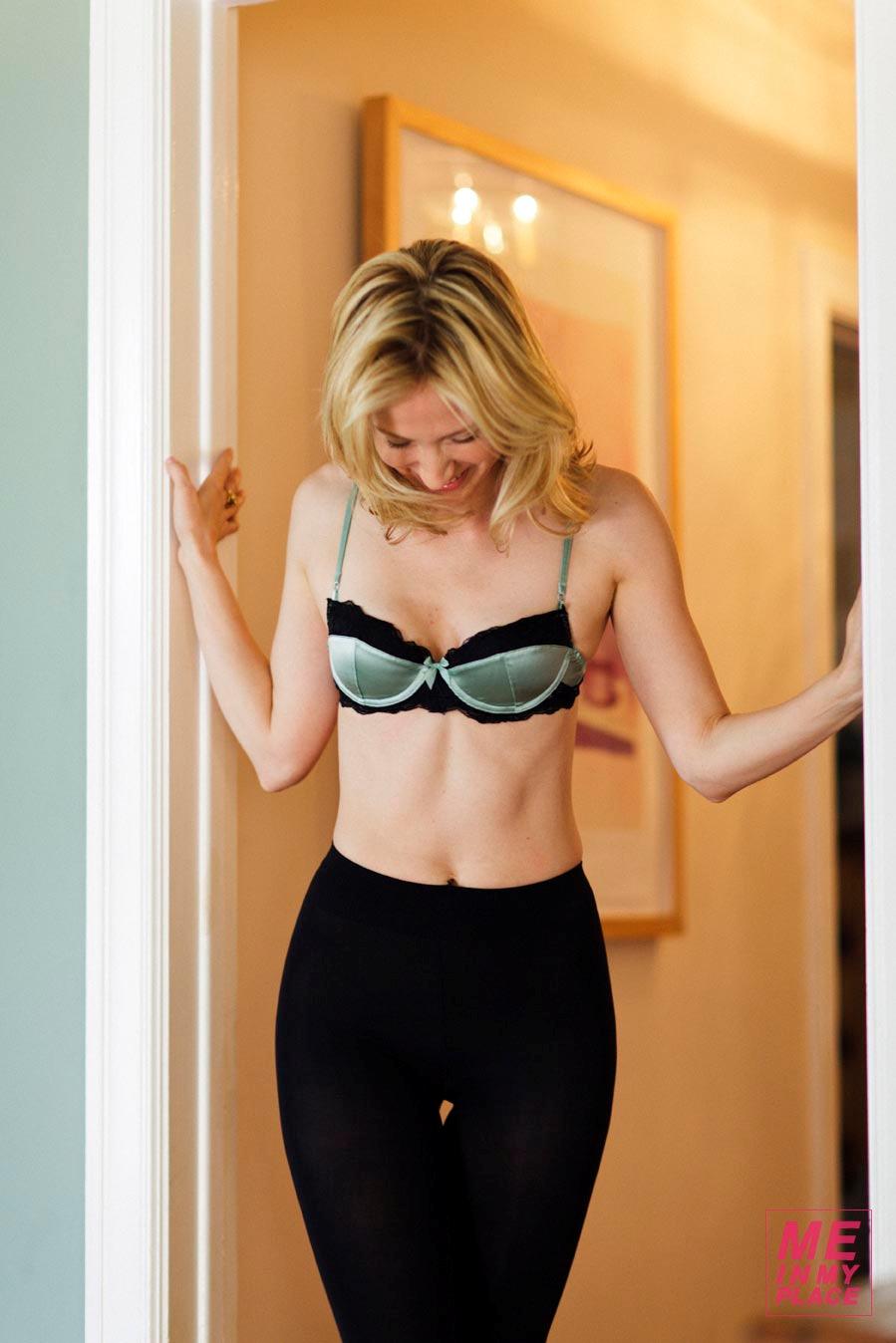 Gallery Bikini Beth Riesgraf  naked (61 photo), Instagram, legs