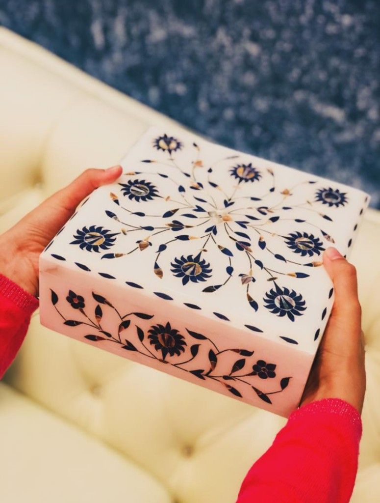 An enchanting creation of marble box with an elaborate and detailed floral design and inlay work!! A lone centerpiece to attract much attention!!  #beautifulhomeinspo #onetofollow #livingroomdecoration #homedecorideas #roomoftheday #homeinspiration4you #sodominio #interior4youall #instadecoration #beautifullyboho #homewaresonline #homeinteriors #interiorstyled #nordicstyle #homeandliving #myhomevibe #finditstyleit #houseandhome #homebeautiful #designsponge #decorationideas