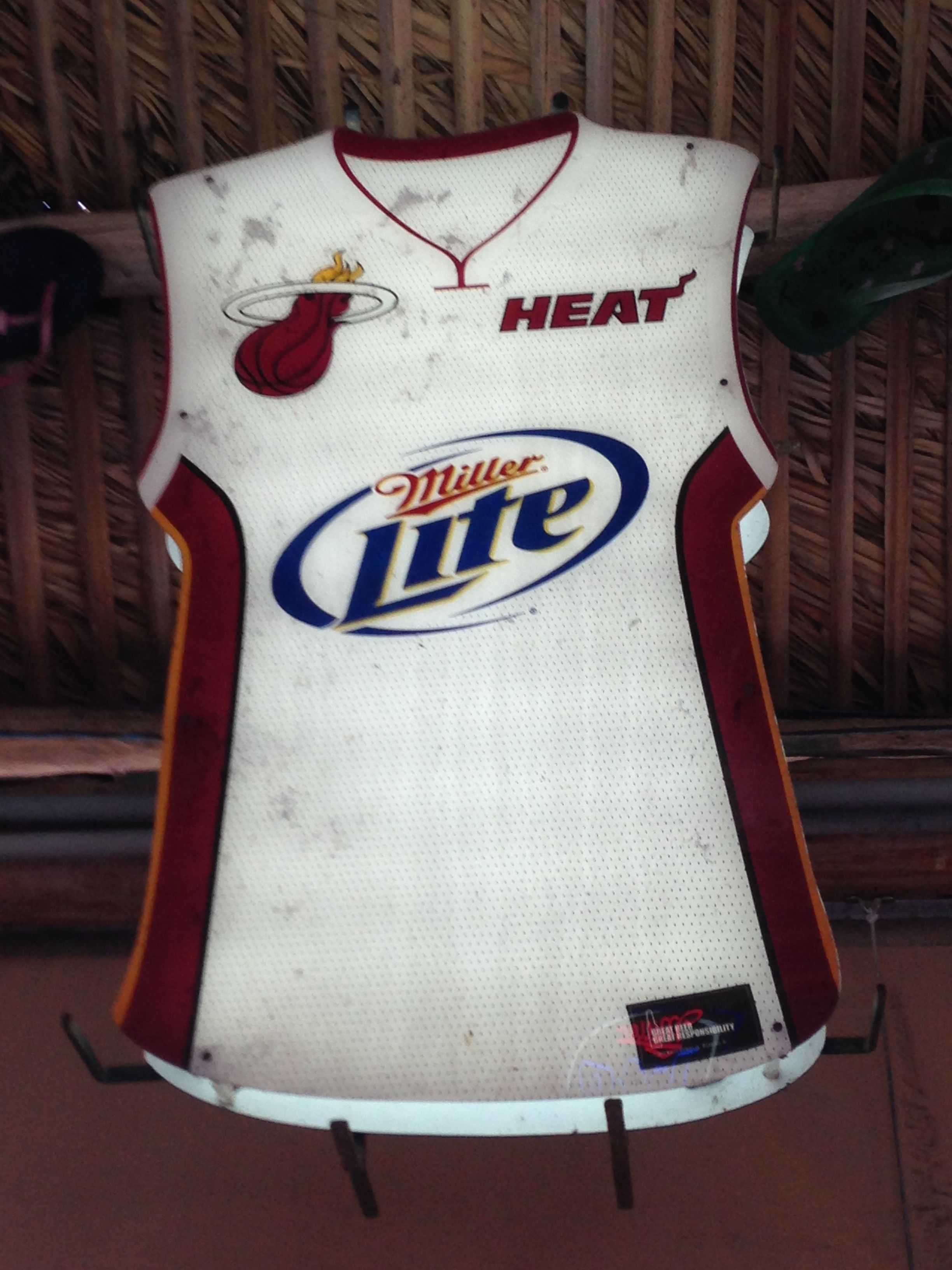 new products 0f030 98dff Neon Beer Sign ... NBA ... Miami Heat ... Basketball ...