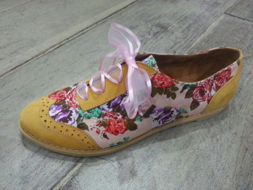 Floral Oxford by Fascino