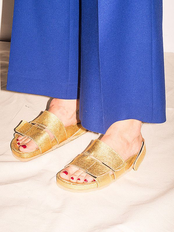 GOLD TWO-STRAP SANDALS